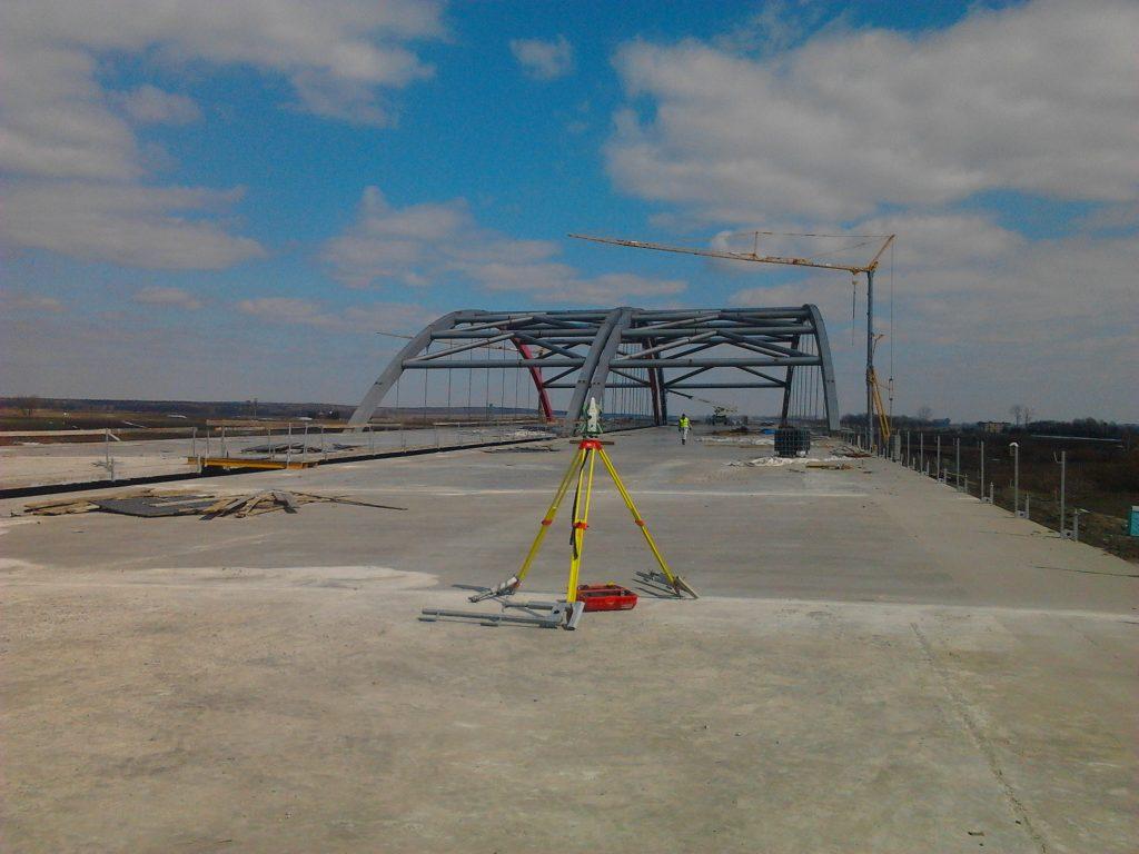 budowa mostu wisznia